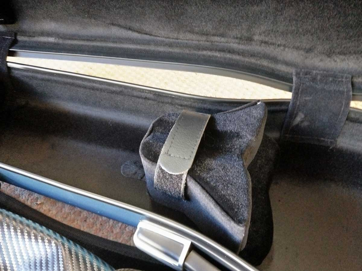 Instrument is held securely